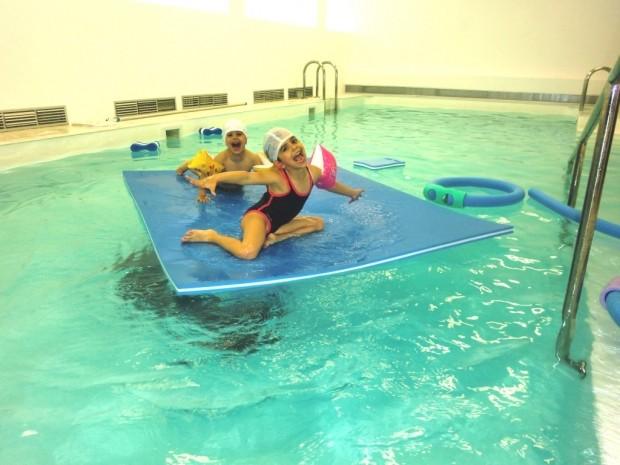 Natación infantil: beneficios del niño en natación