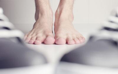por-que-se-produce-mal-olor-pies-causas-tratamiento-prevencion